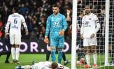 Sao Ligue 1 'tấu hài', biếu không cho PSG bàn thắng dở khóc dở cười