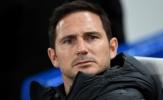 Wenger bức xúc, tố Lampard bất công với 'gã khổng lồ' thất sủng