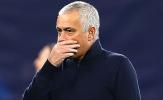 Bất chấp dạy dỗ 'bom xịt kỷ lục', Mourinho lập tức bị Tottenham chỉnh đốn
