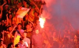 CĐV Nam Định đốt pháo sáng tại Hàng Đẫy nhận án phạt tù
