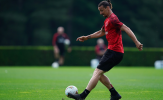Ibrahimovic tỏ ra bất lực trước cựu sao Chelsea