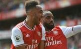 Lacazette 'giúp' Arsenal trói chân Aubameyang bằng 1 hành động