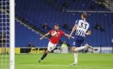 Fernandes có cú đúp tuyệt phẩm, Man Utd 'đè bẹp' Brighton