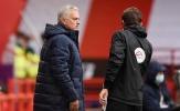 Thua đau, Mourinho vạch trần cái tên 'núp trong văn phòng'