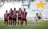 CR7 san bằng kỷ lục 60 năm của Juventus