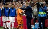 Manh nha trở lại thi đấu, Sneijder bị HLV Hà Lan 'phủ đầu'