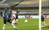 Thủ thành Inter bênh Lukaku sau bàn phản lưới nhà tai hại