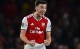 Hậu vệ trẻ cho thấy sự khác biệt từ sân đấu tới sân tập Arsenal