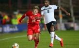 Không Bale, xứ Wales vẫn thắng nhờ trò cưng Klopp