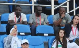 Senegal ra quân vắng Mane, fan nữ xinh như mộng có biểu cảm khó tin