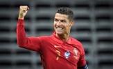Cán mốc 100 bàn cho đội tuyển, Ronaldo nhận lời chúc mừng từ Vua bóng đá