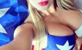 Mỹ nữ ngực khủng 'tiếp lửa' Chile hạ Argentina của Messi