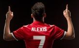 CĐV Man Utd phấn khích trong ngày đón Alexis Sanchez