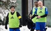 Diego Maradona hào hứng dự trận đấu của các huyền thoại