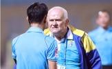 Đòi xử trọng tài, HLV Petrovic bị VFF phạt nặng