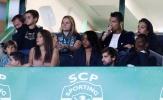 Cristiano Ronaldo cùng bạn gái cổ vũ đội bóng cũ