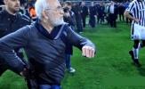 Chủ tịch CLB rút súng, giải bóng đá Hy Lạp bị đình chỉ vô thời hạn