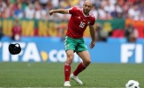 Cầu thủ Morocco vứt mũ bảo hiểm bất chấp nguy cơ tái phát chấn thương