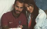 Sao Stoke City bị cô vợ bốc lửa tố cáo