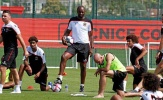 Balotelli bỏ tập buổi đầu tiên dưới thời Patrick Vieira