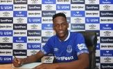Everton hé lộ SỰ THẬT việc Man Utd theo đuổi Mina