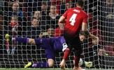HLV Mourinho tiên đoán Phil Jones sẽ sút hỏng 11m
