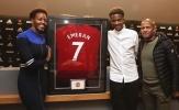 CHÍNH THỨC: Tân binh từ Amiens đến Man Utd, khoe áo số 7