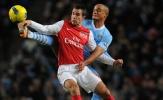 Huyền thoại Man City khuyên huyền thoại Man United hoãn giải nghệ