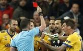 'Bố già' Galliani tiếp tục phẫn nộ với chiếc thẻ đỏ của Buffon