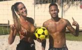 Hậu World Cup, Neymar thách đố mỹ nữ đá bóng