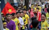 Fan xứ Nghệ mở hội trên sân Thống Nhất