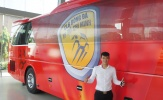 Đội bóng Công Vinh có xe buýt tiêu chuẩn châu Âu