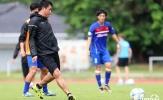 Hữu Thắng 'tả xung hữu đột' cùng học trò trước giờ G SEA Games 29