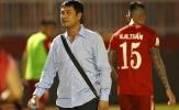 Khác với Công Vinh, Chủ tịch Nguyễn Hữu Thắng làm gì khi trận đấu kết thúc?
