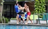 U23 Việt Nam tươi cười, thư giản tại bể bơi sẵn sàng tranh huy chương đồng với UAE