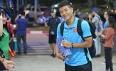 Thầy Park tươi cười, Đức Chinh nhận quà độc ngày về Việt Nam