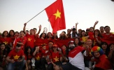 Fan rồng rắn đến sân 'tiếp lửa' ĐT Việt Nam hạ Yemen