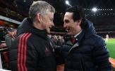 Man Utd và Arsenal, những ông lớn lạc loài ở sân chơi hạng hai