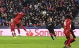 Chứng kiến đồng đội ghi bàn, Alisson có màn ăn mừng xúc động