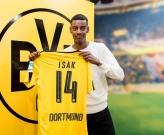 'Ibra mới' Alexander Isak rạng ngời trong áo đấu Dortmund