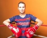 Hoa hậu thế giới 2015 mong Barca tạo địa chấn tại Bernabeu