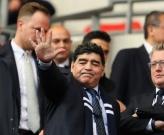 Maradona trở thành tâm điểm cuộc chiến giữa Tottenham và Liverpool