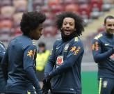 Không Neymar, sân tập Brazil vẫn tràn ngập tiếng cười