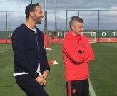 Solskjaer cậy nhờ người cũ giúp M.U cách khóa chặt Liverpool