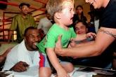 Những khoảnh khắc rất đời thường của Mike Tyson