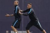 Những kẻ phá bĩnh trong buổi tập của Barca trước thềm đại chiến Atletico