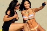 Mỹ nhân làng vật khoe sắc nóng bỏng trên bãi biển