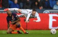Man City khởi đầu thảm họa với Swansea sau pha bóng này
