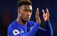 Đăng ảnh khoác áo Chelsea, sao khiến fan The Blues mừng hết lớn