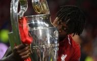 Klopp: 'Đừng quên cậu ấy, đó là huyền thoại của Liverpool'